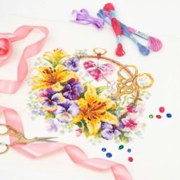 Cross Stitch Kit Lilies for needlewoman art. 100-121