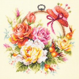 Cross Stitch Kit Roses for needlewoman art. 100-122