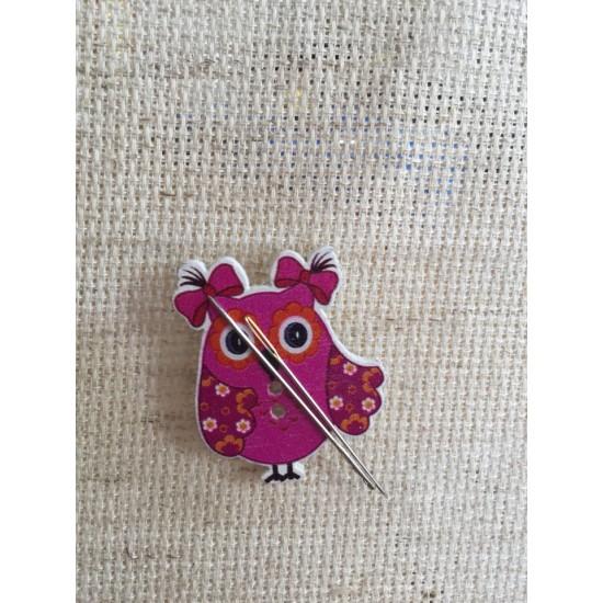 Needle Minder Owl 1