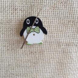 Needle Minder Penguin 2
