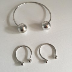 Set of one open bracelet and two open rings Silver color