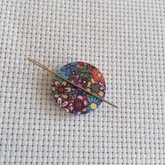 Needle Minder Flower circle 6