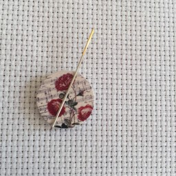 Needle Minder Flower circle 5