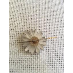 Needle Minder Flower 5