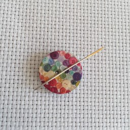 Needle Minder Flower circle Buttons