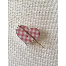 Needle Minder Heart 7