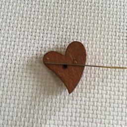 Needle Minder Wood heart