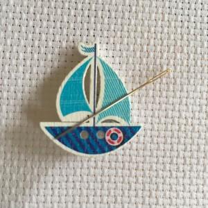 Needle Minder Blue Boat