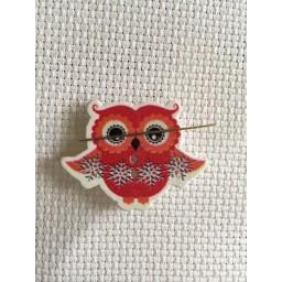 Needle Minder Christmas Owl