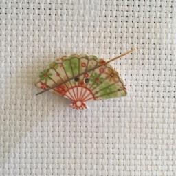 Needle Minder Fan 4