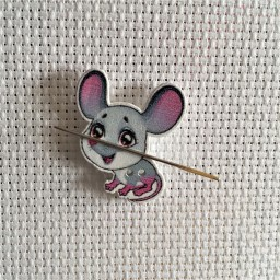 Needle Minder Little Mouse