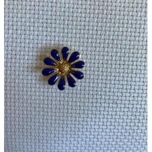 Needle Minder Beautiful Flower 12