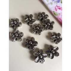 10 Pcs Antique Silver Flower Spacer Beads 15mm art. 93