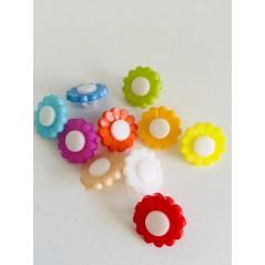 10 pcs Mix colors sunflower shape plastic buttons 1 hole Sewing Buttons art. 196