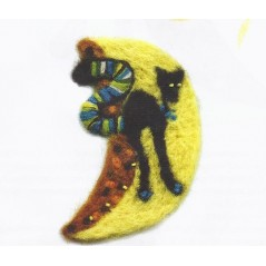 Kit for felting Cat on the Moon B-25