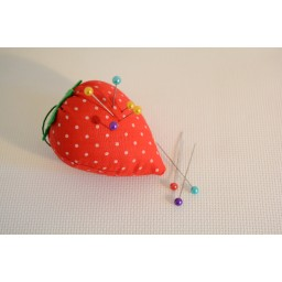 1 pc Strawberry Pin Cushion Embroidery Needle Inserted Sewing