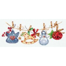 Cross Stitch Kit Christmas Garland PR-7085