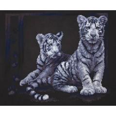 Cross Stitch Kit Brothers (white tiger) J-1095