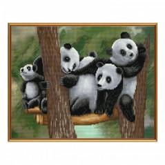 Cross Stitch Kit Funny family panda CB3076