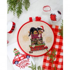 Cross Stitch Kit Cat and mouse AHM-030 Decorative embroidery frame included
