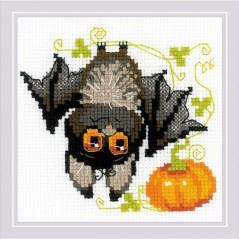 Cross Stitch Kit Bat Upside Down art. 1918
