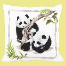 Cross Stitch Kit Pandas Little observes M-318