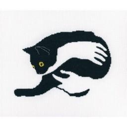 Cross Stitch Kit Among Black Cats M669