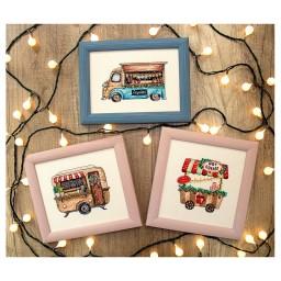 Cross stitch kit Happy Holiday L 8001