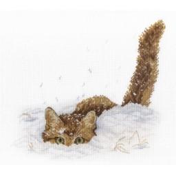Cross Stitch Kit Cat in the Snow NV-557