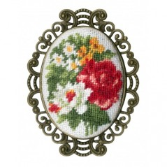 Embroidery Kit Vintage Brooch SSH-015