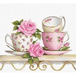 Cross stitch kit Stacked Tea Cups B2327