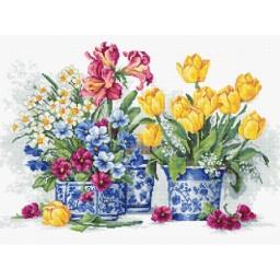 Cross stitch kit Spring garden B2385