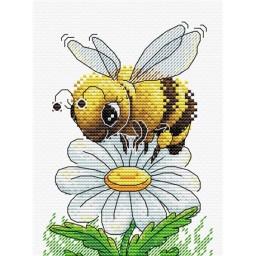 Cross stitch kit Hardworking Bee M-230