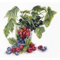 Cross Stitch Kit BERRIES NV-562 Pre-order