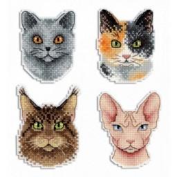 Cross Stitch Kit Cats - Magnets R-340 on plastic canvas