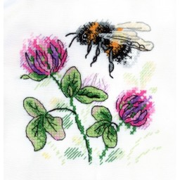 Cross Stitch Kit Fragrant Clover V-531 with water-soluble canvas